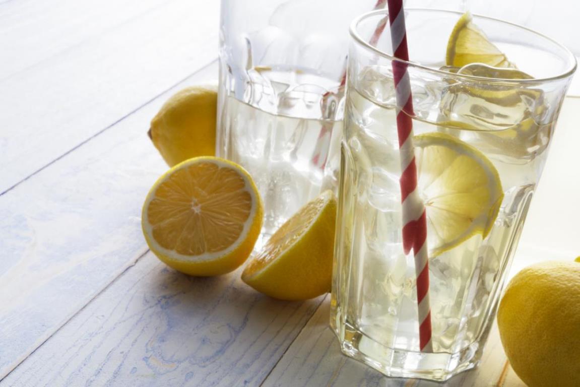 Я Похудела На Воде С Лимоном. Может ли в реальности лимонная вода способствовать похудению, и есть ли лучшие альтернативы?