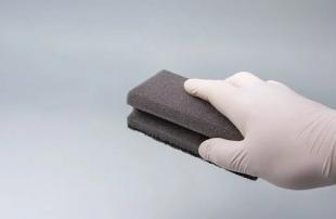 Из губки с ионной жидкостью сделали воздушный фильтр